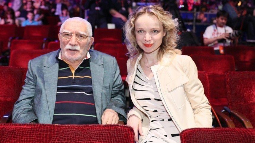 Страшная болезнь: Цымбалюк-Романовская о причине развода с…