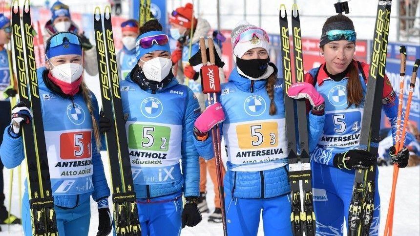 Российские биатлонистки не смогли побороться за медали в эстафете ЧМ…
