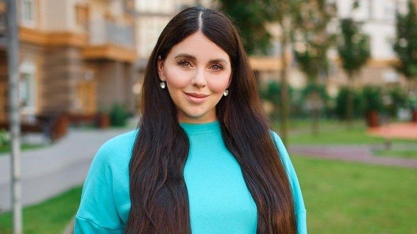 Без отделки: Ольга Рапунцель показала квартиру, полученную от Дома-…