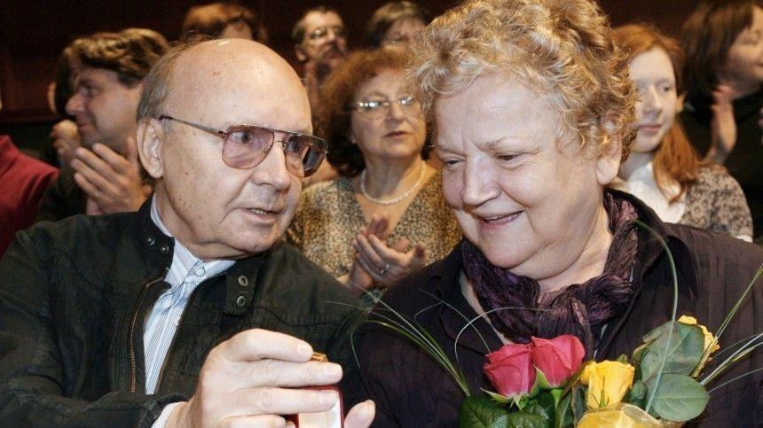 Вдова Андрея Мягкова объяснила свое отсутствие на его…