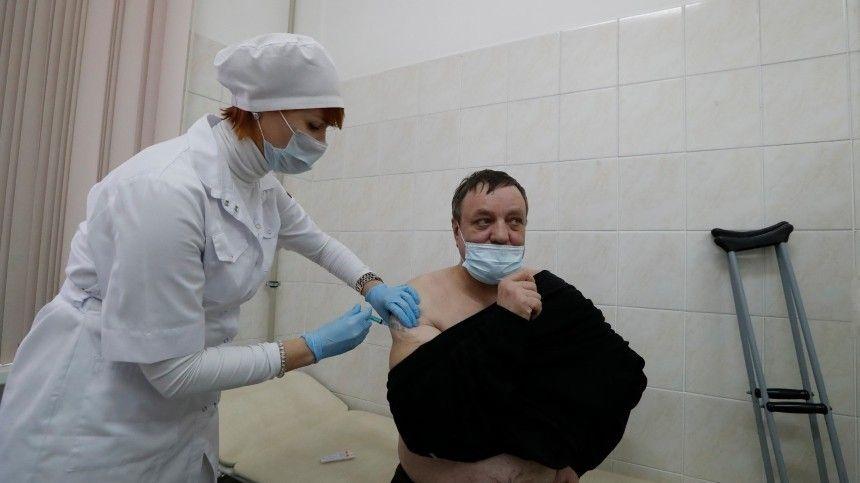 Когда стоит вакцинироваться переболевшим COVID-  россиянам?  отвечает…