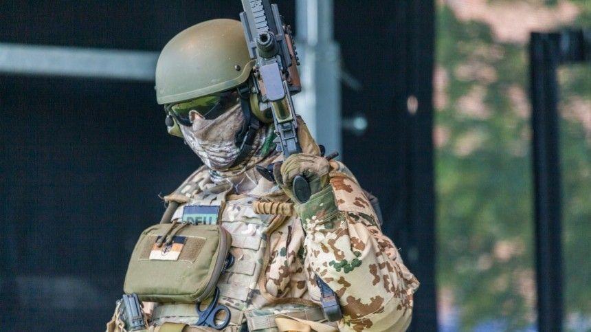 В США немецких спецназовцев приняли за…