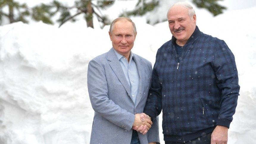 Путин пригласил Лукашенко на лыжную прогулку в…