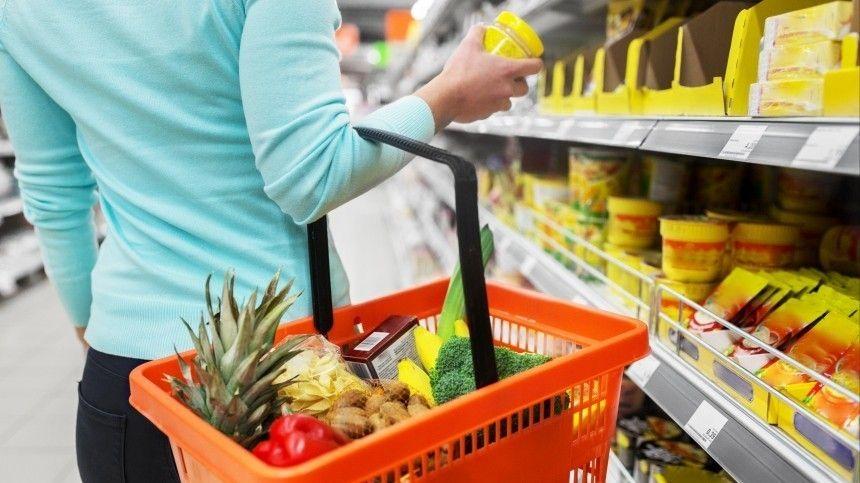 Получателям жилищных пособий предлагают выдавать продуктовые…