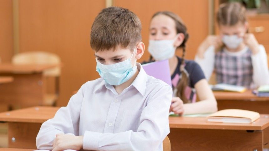 У половины перенесших COVID-  детей симптомы коронавируса сохраняются…