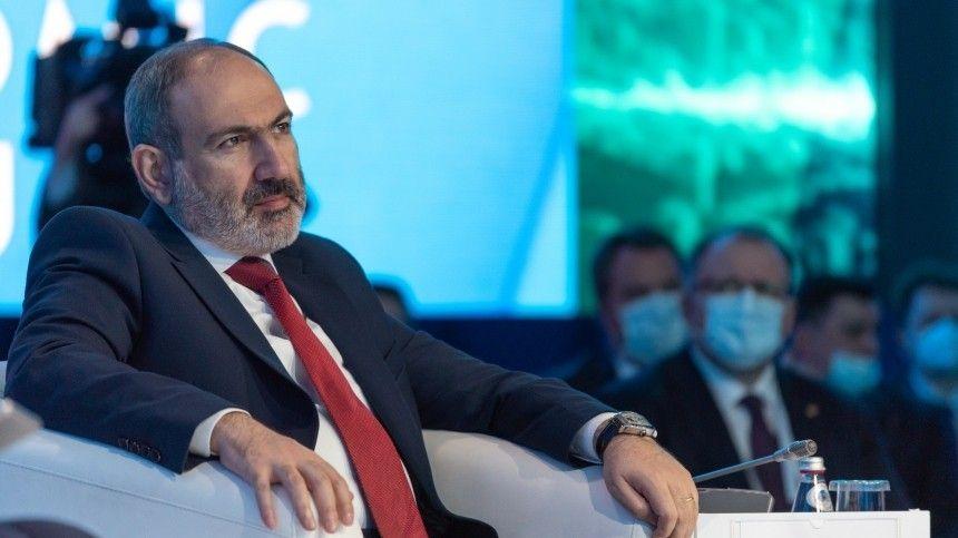 Генеральный штаб Вооруженных сил Армении потребовал отставки…