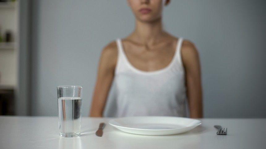 Медик призывает отказаться от диеты, спровоцировавшей гибель писательницы…