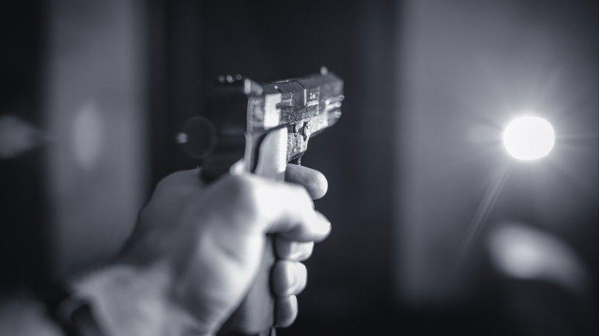 Смертельный конфликт со стрельбой в кафе под Петербургом попал на…