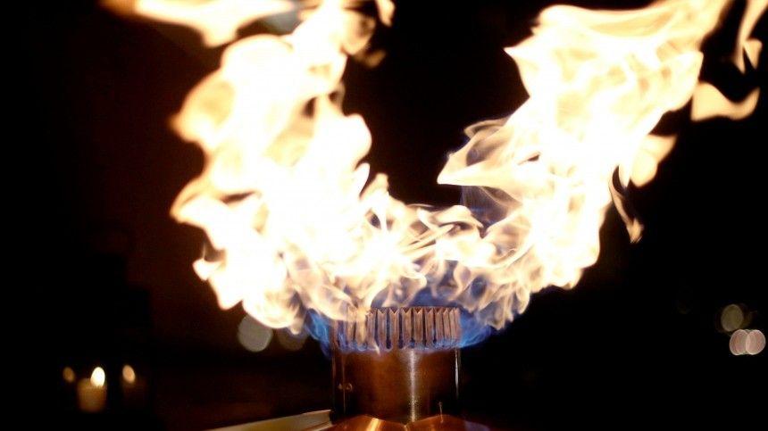 Резкое потепление погасило Вечный огонь в Петербурге …