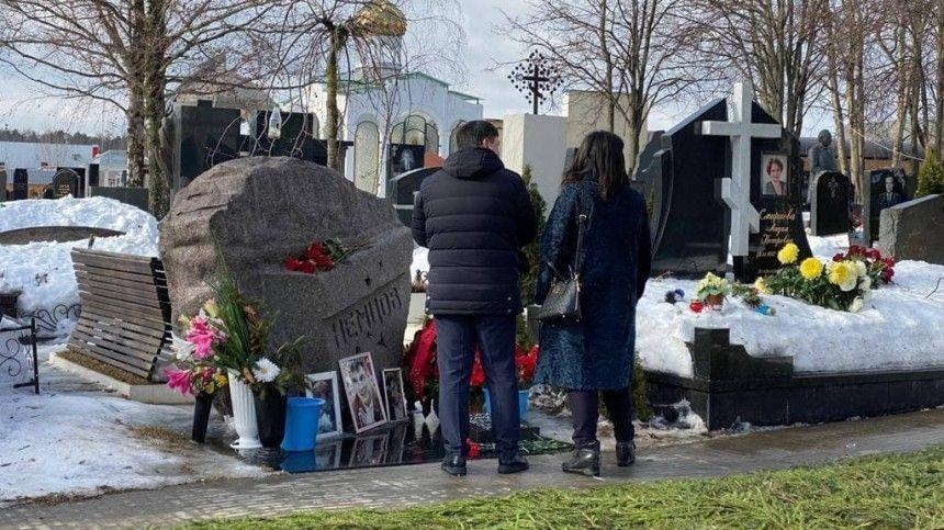 Зарубежные дипломаты не пришли на кладбище к могиле…