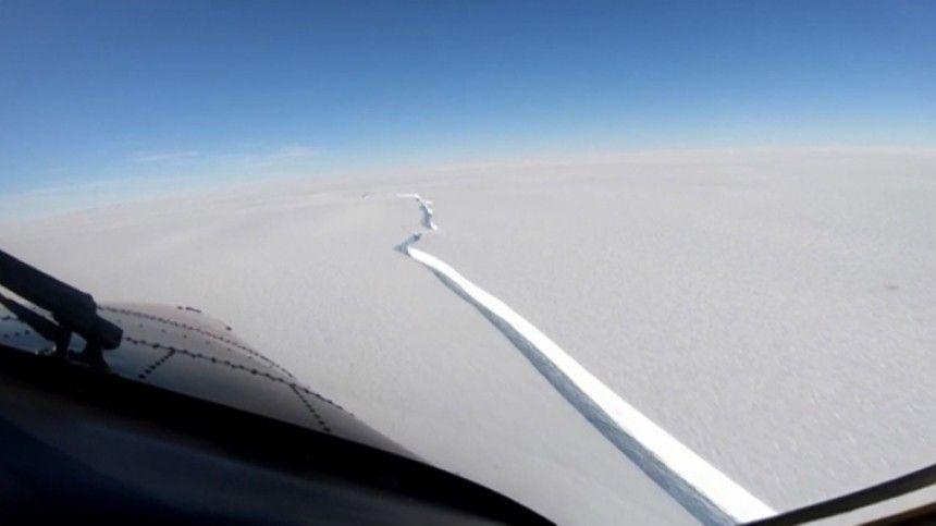 Айсберг размером с Петербург откололся от Антарктиды  впечатляющие…