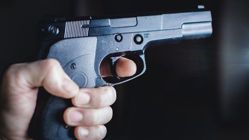 Очевидцы сообщили о стрельбе возле ресторана в центре Махачкалы …