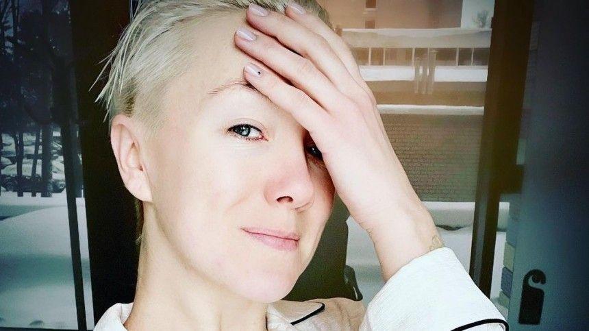 Прости : Дарья Мороз показала, что стало с могилой ее мамы Марины…