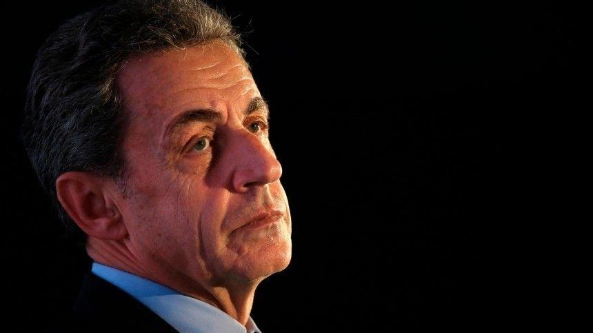 Бывшему президенту Франции Саркози вновь удалось избежать тюремного…