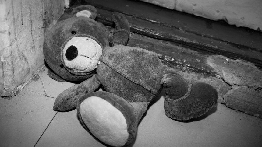 Тело пятилетнего раздетого мальчика нашли в сугробе под…