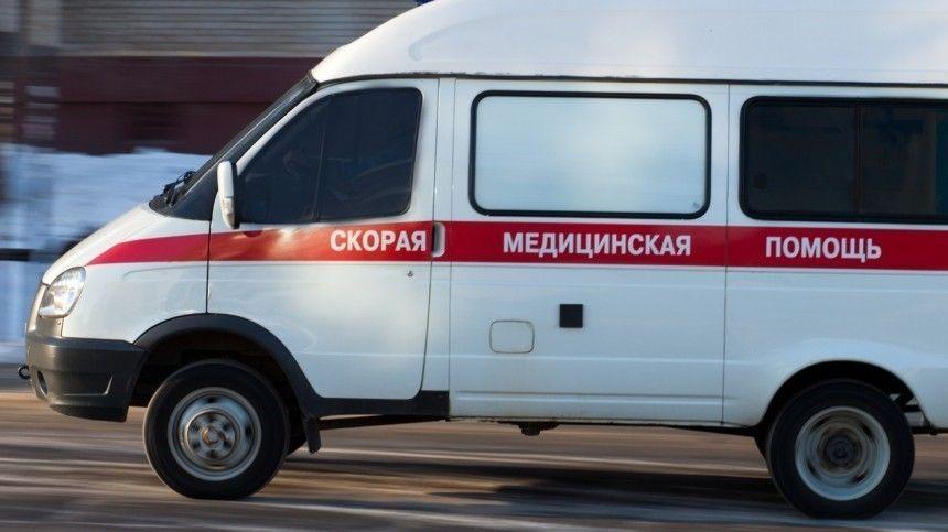 Видео: автобус сбил ребенка на пешеходном переходе в…