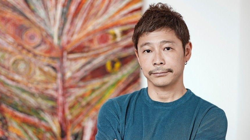 Миллиардер из Японии объявил о наборе добровольцев для полета на…