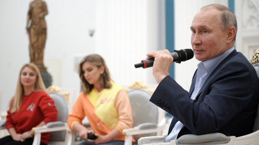 Мы вместе : Путин пообщался с волонтерами  армии добра …