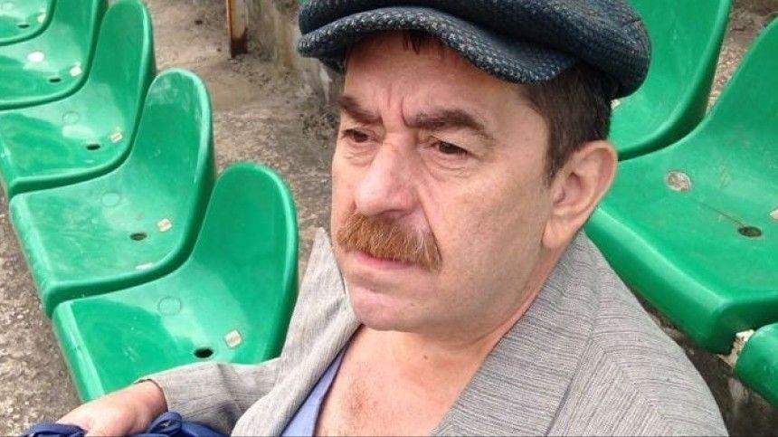 Спит на картонке и ест с помойки: как актер из Домашнего ареста  попал на…
