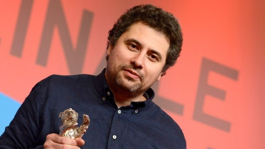 Гран-при фестиваля получил фильм японского режиссера олюбви, страсти иотношениях.
