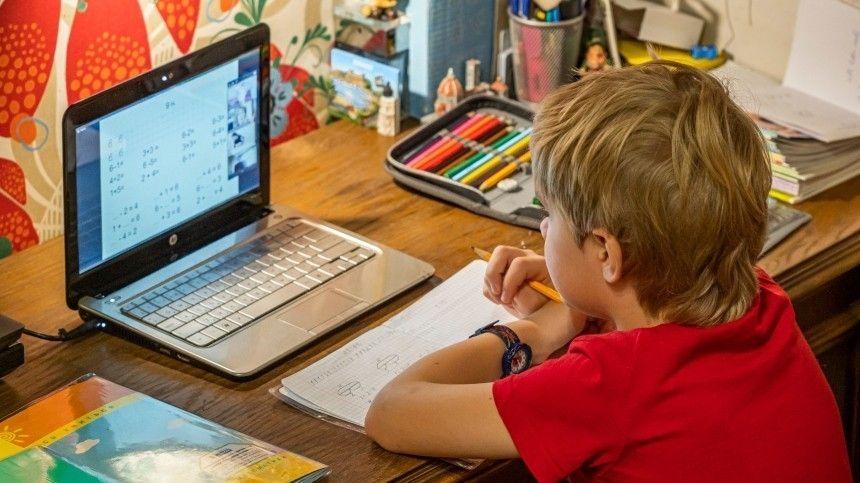 В российских школах ограничат доступ к негативному контенту в…