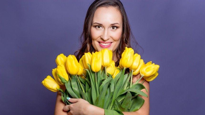 От дерматита до мигрени: какие цветы не стоит дарить женщинам на…