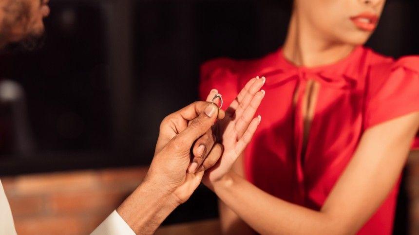 Некоторые мужчины просто неприспособлены для супружества, считают астрологи.