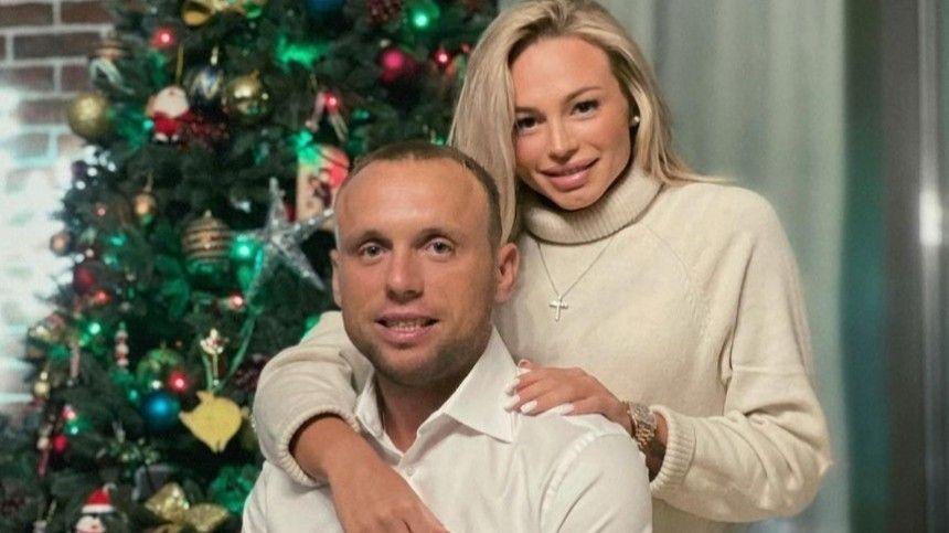 Первый хет-трик в жизни : Денис Глушаков стал отцом в третий…