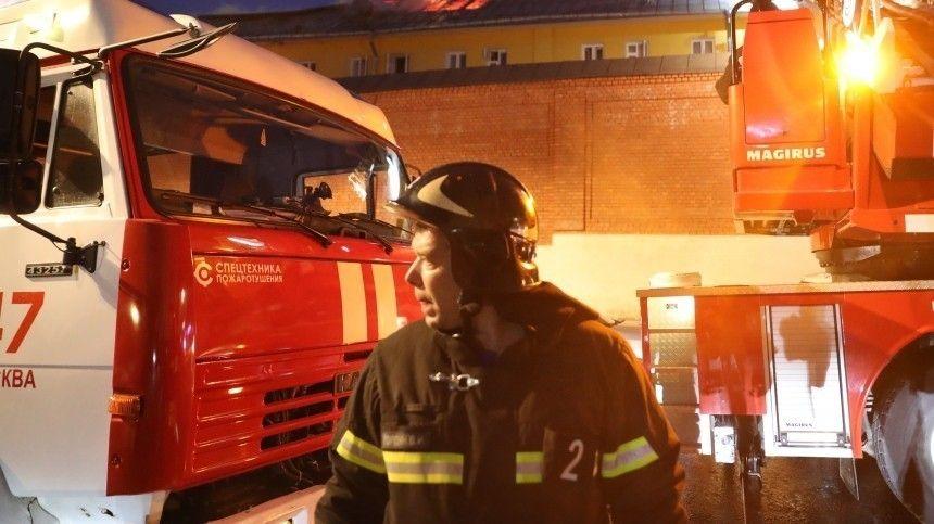 Девочку удалось вытащить из-под завалов дома после взрыва газа в…