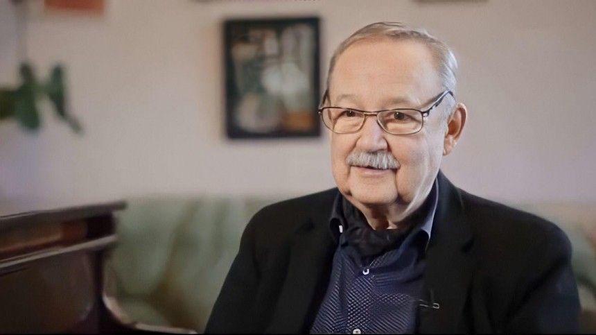 Создатель серии фильмов про гардемаринов пообещала, что музыка Виктора Лебедева будет звучать ивееследующих картинах.