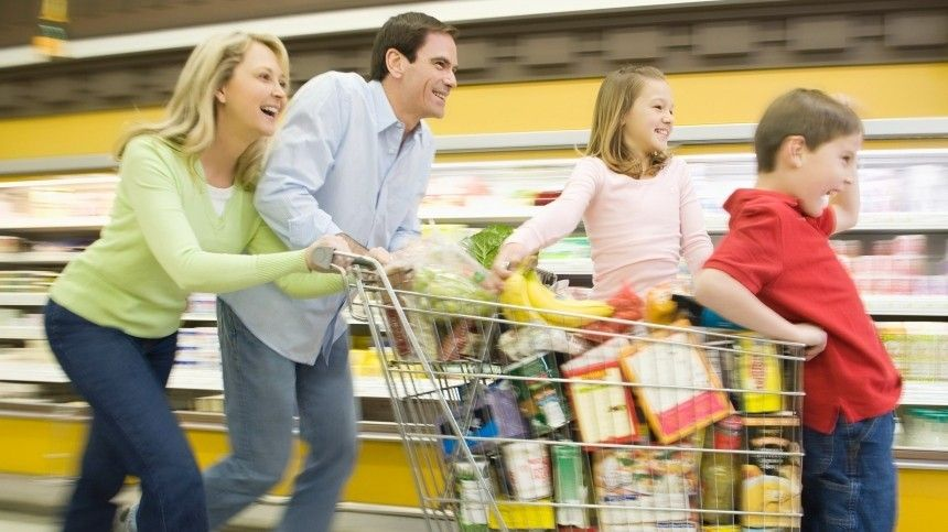Чтобы семейный бюджет нетреснул пошвам раньше времени, нужно уметь правильно распределять расходы изнать лазейки.