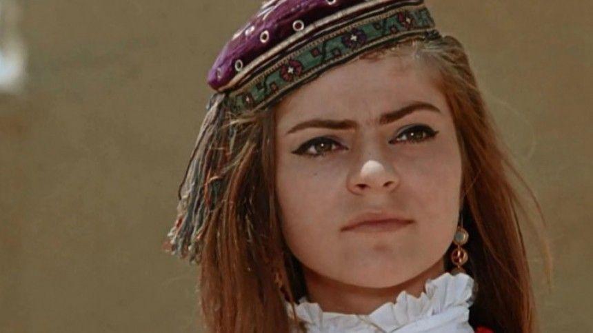 Сыгравшая Гюльчатай актриса стала уборщицей в московском музее