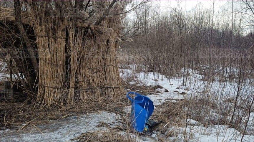 Человеческие останки были обнаружены недалеко отавтобусной остановки вЮжно-Приморском парке Северной столицы. Утела отсутствуют руки иноги.