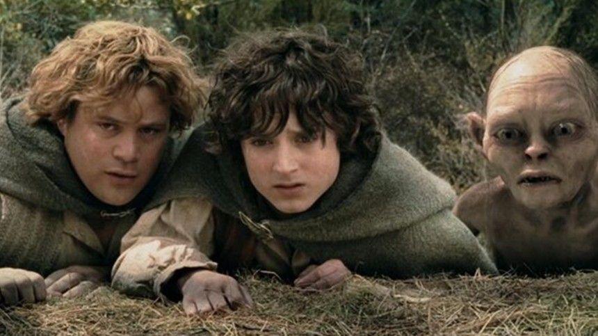 Две части экранизации первого произведения изтрилогии Толкиена были опубликованы наYoutube-аккаунте «Пятого канала».
