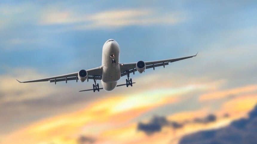 Минтранс заявил о снижении цен на перелеты по России