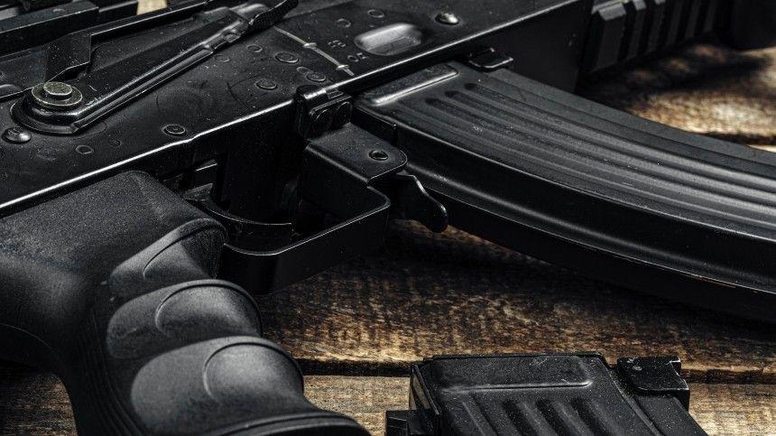 Неадекватный мужчина открыл стрельбу изавтомата вМоскве