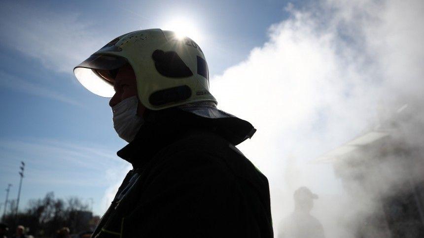 Более полусотни домов остались без тепла из-за прорыва на севере Петербурга
