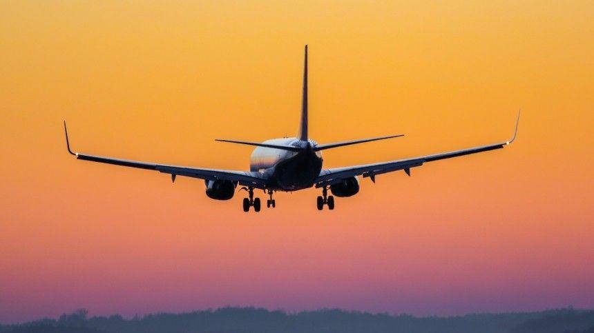 Как проходила аварийная посадка вылетевшего в Петербург из Сочи самолета