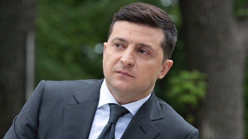 Опланах украинского лидера поговорить сроссийским президентом ранее заявила пресс-секретаря главы Украины Юлия Мендель.