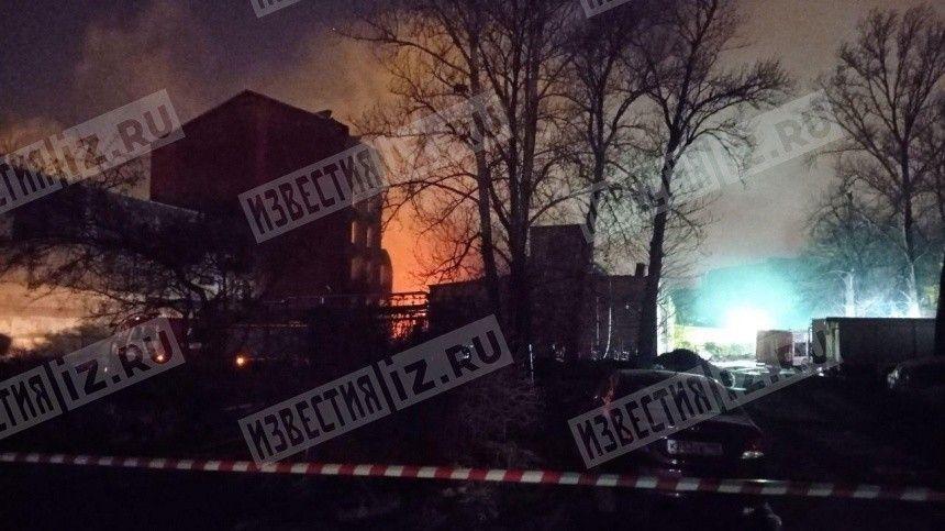 Пожар на Невской мануфактуре в Петербурге локализован