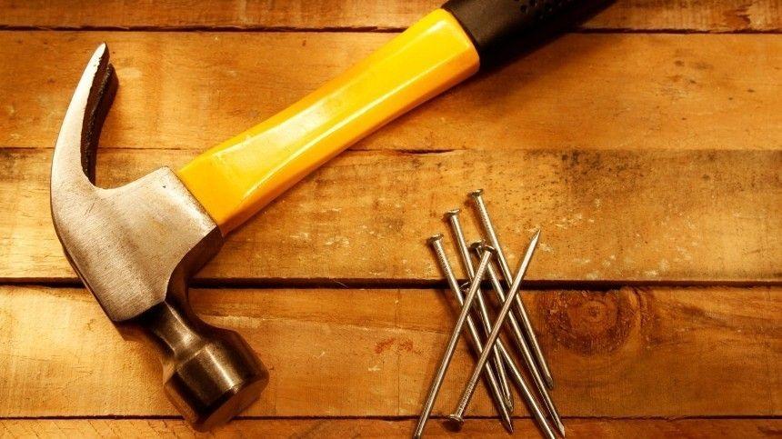 Какого размера должна быть рукоять изинструмента? Чем опасны рукояти издерева?