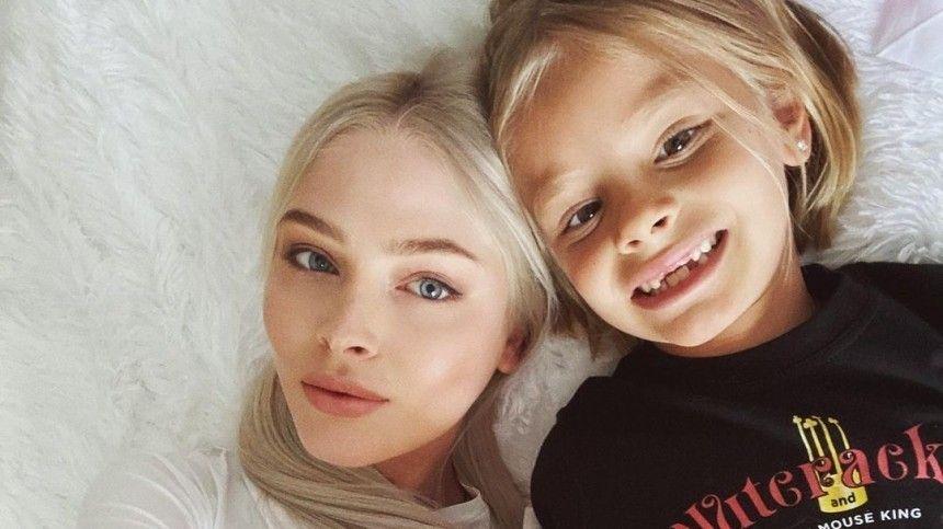 Помнению пользователей сети, неуважение Алисы кродительнице— следы влияния Симоны Юнусовой.