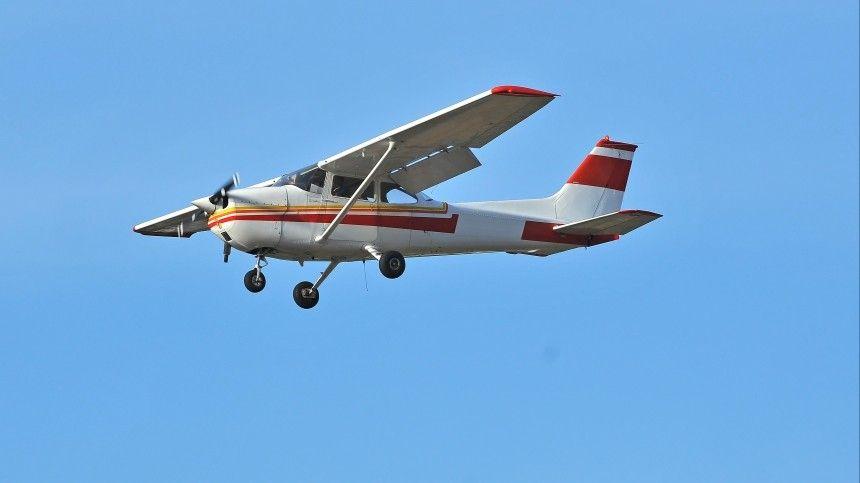 Два человека погибли при падении самолета в Иркутской области