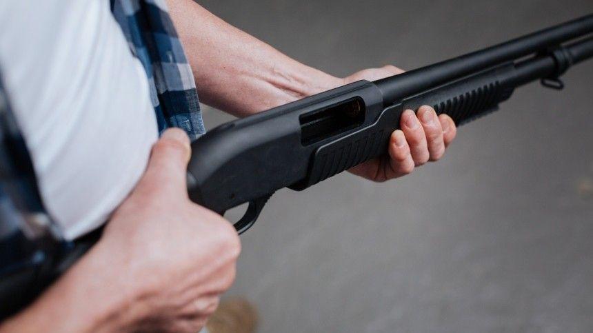 Житель Приморья после ссоры открыл стрельбу по подросткам, один тяжело ранен