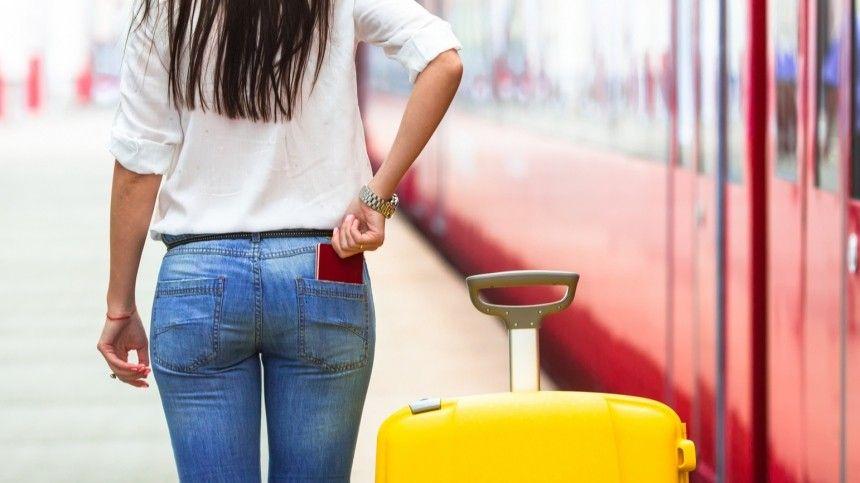 Путешествуй с выгодой: Программу туристического кешбэка в России продлят