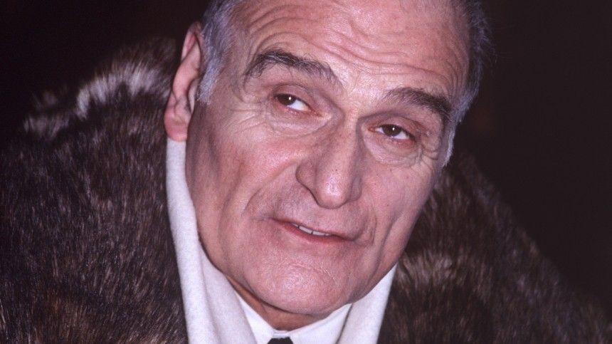 Артист скончался на86-м году жизни вТбилиси.