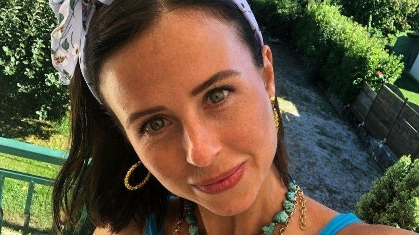 Прилучный женится Карпович засветила колечко на безымянном пальце видео