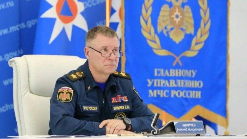 Глава МЧС РФ Евгений Зиничев поздравил коллег с Днем пожарной охраны