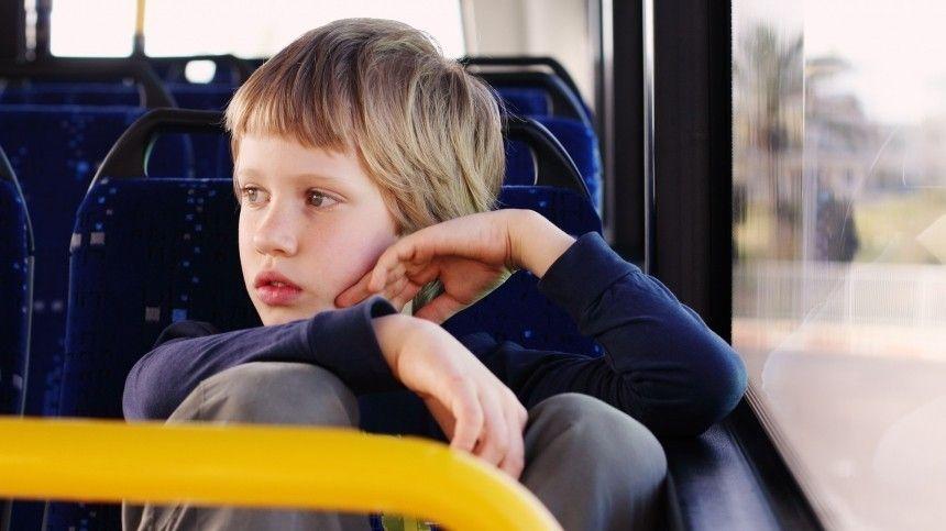 Мальчики-зайчики: кондукторов начали штрафовать за высадку детей-безбилетников