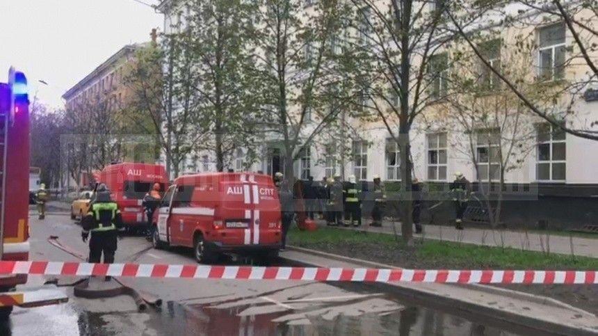 Первые кадры с места пожара в московской гостинице, где погибли три человека